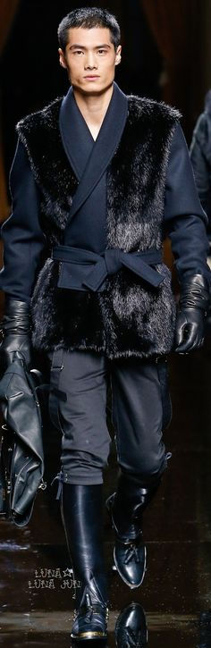 Balmain Fall 2016 Menswear #meninboots #bootsarepartofmenfashion