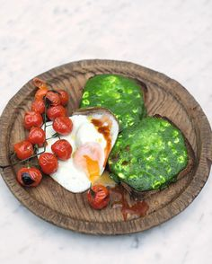 Spinach is a brilliant addition to breakfast as a twist to get some balance... Popeye knew what he was doing! Catch my recipe for Toasted Popeye Bread from #FamilySuperFood on this week's Jamie's Super Food - this Friday, 8pm @Channel4 guys! x