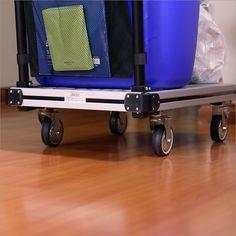 Lưu ý khi chọn bánh xe đẩy hàng phù hợp với công việc  Bên cạnh thiết kế chất liệu mặt sàn một chiếcxe đẩy hàng hóatốt cần phải đi kèm với bánh xe đẩy hàng phù hợp. Hiện nay trên thị trường có nhiều loại bánh xe đẩy hàng với kích thước và chất liệu khác nhau. Vậy làm sao để bạn chọn được loại bánh xe đẩy hàng phù hợp với công việc của mình? Hãy cùng theo dõi nhé.  Cần xem xét kỹ mục đích sử dụng khi chọn mua bánh xe đẩy hàng  1/ Kích cỡ của bánh xe  Đầu tiên bạn cần chọn loại bánh xe có kích…