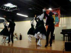 Ballet Folklorico del Norte-Polka Rumbo a Creel- Love Love LOVE the dresses!