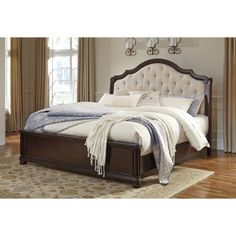 Signature Design by Ashley Moluxy Sleigh Bed (California King Sleigh Bed), Brown