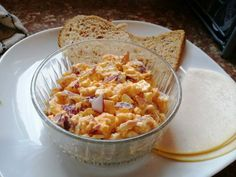 Tojáskrémes reggeli Macaroni And Cheese, Brunch, Favorite Recipes, Meals, Breakfast, Ethnic Recipes, Food, Morning Coffee, Mac And Cheese
