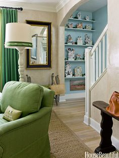 Happy Rooms - Cheery Homes - House Beautiful O A seagrass rug always makes me smile - not to mention that gorgeous green!