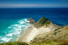 Named the best country in the world (again), New Zealand has some gorgeous national parks and other beautiful places.