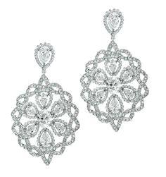 'Sari' diamonds and diamond beads set in 18K white gold earrings