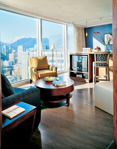 Check out scenic #Vancouver, #BritishColumbia at the Club Intrawest Vancouver Resort.  Studio Vacation Home Sleeps 2 at $199. http://www.resortime.com/attractions/spring-travel.aspx