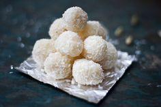 Coconut burfi by Quchniomania