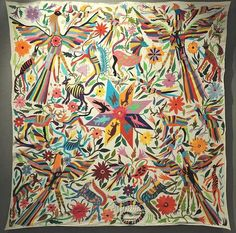This colorful embroidered cloth was made in the Otomi community of Tenango de Doria, Hidalgo, Mexico. It is exhibited at the Museo de Arte Popular in Mexico City Mexican Embroidery, Folk Embroidery, Learn Embroidery, Embroidery Patterns, Hungarian Embroidery, Modern Embroidery, Mexican Textiles, Mexican Designs, Art Textile