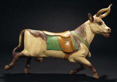 """Gustave BAYOL    Belle vache Bois sculpté peint, cornes en fer France, école d'Angers, début du XXème siècle Haut.: 90 cm - Long.: 130 cm - Prof.: 40 cm Inventaire de la collection n°115 Bibliographie: - L'art forain, Fabienne et François Marchal, les Editions de l'Amateur, 2002, p.81 Beautiful cow - Painted carved wood, iron horns - H: 35"""" W: 51"""" D: 16"""""""