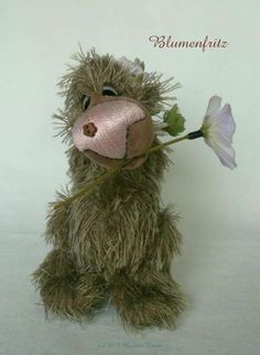 Blumenfritz by By Monika Timpe | Bear Pile   My note: Yes, just yes.