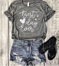 This T-shirt!! So cute.