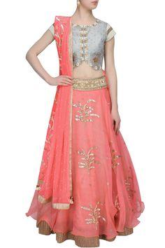 #perniaspopupshop #yashodhra #traditional #ethnicwear #clothing #shopnow #happyshopping