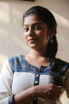 Meet Girls On Tinder - Online Dating Beautiful Girl Photo, Beautiful Girl Indian, Most Beautiful Indian Actress, Beautiful Women, Beauty Full Girl, Cute Beauty, Beauty Women, Beauty Girls, Indian Girl Bikini