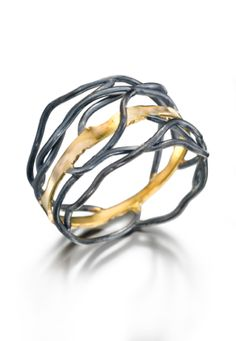 Rooted Ring 18K gold and oxidised silver by Beverly Tadeu
