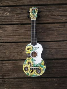 Hand-decorated Soprano Ukulele - SUNFLOWERS