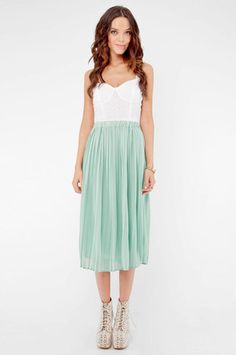 Long Pleated Chiffon Skirt in Mint