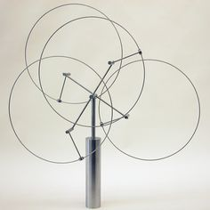 Conductor/Composer, 2009, by Anne Lilly. Mesmerizing kinetic sculpture.
