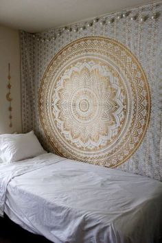 Large-Hippie-Mandala-Tapestry-Golden-Ombre-Wall-Hanging-Queen-Bedspread-Throw #cuartos