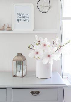 INSPIRACIÓN: decorar con flores http://www.mylittlebrunch.com/2014/05/inspiracion-decorar-con-flores.html #flores #estilonordico