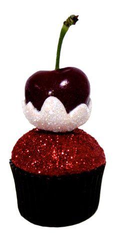 Snow Cherries cupcakes