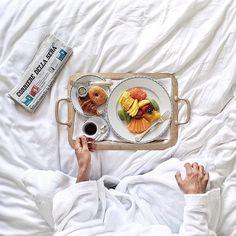 Photo by framboisejam. Coffee In Bed, Great Coffee, Coffee Cups, Coffee Branding, Breakfast In Bed, Girly, Kinfolk, Instagram, Vsco