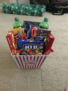 Popcorn Hamper | 19 DIY Movie Night Ideas for Teens that will get the party started!