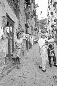 Italian actress Sophia Loren joking with Italian director Vittorio De Sica while resting on the set of the film 'Yesterday Today and Tomorrow' during. Sophia Loren, Vintage Photographs, Vintage Photos, Italian Neorealism, Old Movie Stars, Vintage Italy, Italian Actress, Yesterday And Today, Art Photography