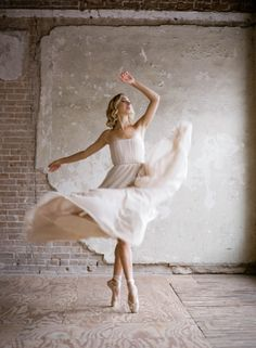 coolchicstylepensiero: ballerina ispired wedding ideas