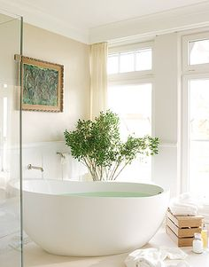 A White Bath on the Waterfront Boho Home :: Bathroom :: Tropical :: Beach Style :: Outdoor Showers + Baths :: Relax + Unwind :: Bathing Beauty :: Free Your Wild :: See more Bohemian Home Decor + Design Inspiration Dream Bathrooms, Beautiful Bathrooms, Bathtub Dream, White Bathroom Decor, Master Bathroom, Bathroom Tubs, Light Bathroom, Bathroom Ideas, Boho Home