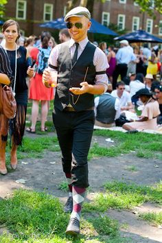 This is how you do the Jazz age lawn party.