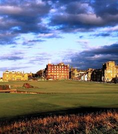 St. Andrews......... I will play here one day.