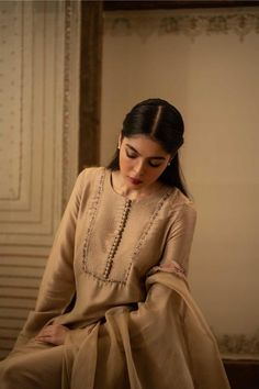Buy - Shah Jahan, Luxury Pret, Luxury - PK Source by dresses Kurti Neck Designs, Kurta Designs Women, Dress Neck Designs, Asian Wedding Dress Pakistani, Pakistani Dress Design, Pakistani Suits, Punjabi Suits, Pakistani Dresses, Salwar Suits