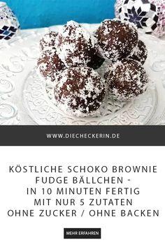 Diese köstlichen (rohveganen) Schoko Brownie Fudge Bällchen sind in 10 Minuten fertig und du brauchst nur fünf Zutaten. Außerdem: ohne Zucker und ohne Backofen! Schneller kannst du Süßigkeiten nicht selber machen :-)  #sweets #süßigkeiten #süßigkeitenselbermachen #brownieballs #schokofudge #schokobällchen #vegan #rohvegan #vegansweets #ohnezucker #nobake #ohnebacken #datteln #süßes #dessert