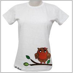 Camiseta com aplicação de Coruja. Tamanho P  Tamanho M  Tamanho G  Tamanho GG Os tecidos que formam o patch podem variar de acordo com a disponibilidade. R$65,00