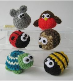 Knitting patterns for Teeny Animals including mouse, robin, ladybug, hedgehog, turtle, and bee