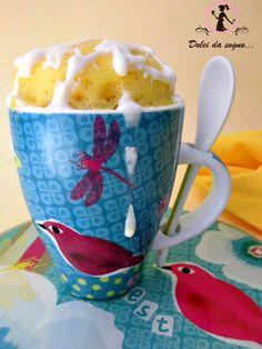 Ecco una torta davvero strepitosa, la mug cake al limone, oltre ad essere soffice e delicata,  si prepara in soli 5 minuti. Ogni boccone di questo delizioso dolce, vi conquisterà anche per il suo delicato profumo.