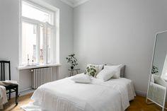 Light gray walls. Kohde - Bo LKV