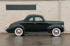 1940 Ford Deluxe Coupe ♥