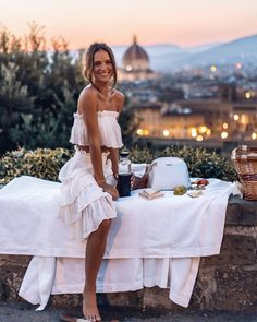 For our last night in Florence we opted for a sunset picnic instead of a restaurant. We packed up some Italian appetizers and posted up at… Helen Owen, Beautiful One, Dress Skirt, Night Out, Girl Fashion, Sexy Women, White Dress, Cute Outfits, Style Inspiration
