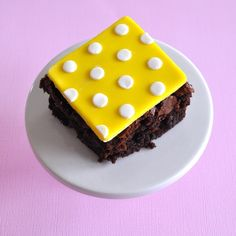 Yellow polka dot fondant brownie topper.