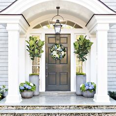 For those who do not know what a door overhang is, then we can define it for you. The thing that you should know about door overhang is that it is a tiny awning or cover that hangs over the door literally and protects you from sunlight, rain or snow. Front Door Steps, Front Door Entrance, Front Entrances, Front Door Decor, Entry Doors, Planters By Front Door, Front Door Overhang, Portico Entry, Arched Front Door