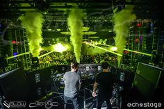 Concert Stage Production Companies need smoke Jet Special Effects made by CryoFX in the City of San Diego in California.  Call Us at 619.855.2796