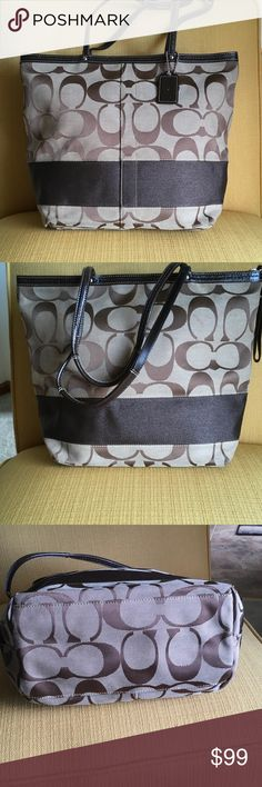 """💯 Coach zip tote bag EUC Very nice, EUC, Coach tote bag.  Used 1-2 times, no stains, rips, no wear on corners.  One zip pocket, two pouches.  Patent leather trim.  15"""" wide, 11"""" tall, 4 1/2"""" depth.  0625 Coach Bags Totes"""