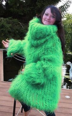 Thick Sweaters, Cardigan Sweaters For Women, Sweater Dress Outfit, Knit Dress, Gros Pull Mohair, Extreme Knitting, Big Wool, Angora Sweater, Catsuit