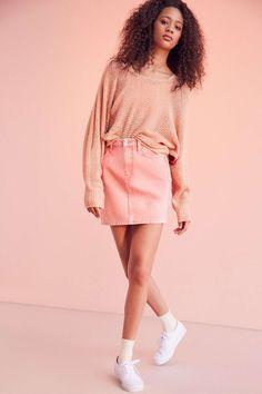 BDG Pencil Denim Mini Skirt - Pink Acid Wash - Urban Outfitters