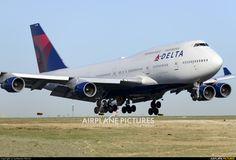 Delta Air Lines N666US aircraft at Paris - Charles de Gaulle photo