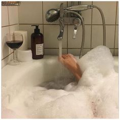 Home Interior Cuadros In Vino Veritas, Foto Art, Spa Day, Home Interior, Aesthetic Pictures, Dream Life, Self Care, No Time For Me, Instagram Feed