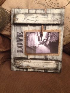 Pallet board picture frame