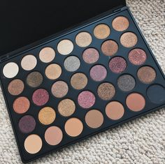 Morphe Palette 'Fall into Frost' Beauty Review, Morphe, Eyeshadow Palette, Frost, Make Up, Blog, Makeup, Blogging, Bronzer Makeup