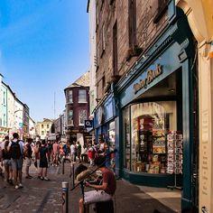 Limerick town centre, Ireland  #cliffsofmoher #ireland #scenery #instaireland #love #ireland #CliffsOfMoher #bestoftheday #photooftheday #irlanda #irlandais #irelande #instagood #instacool #instamood #travelgram #travel #wanderlust #sea #seacost #bluesea